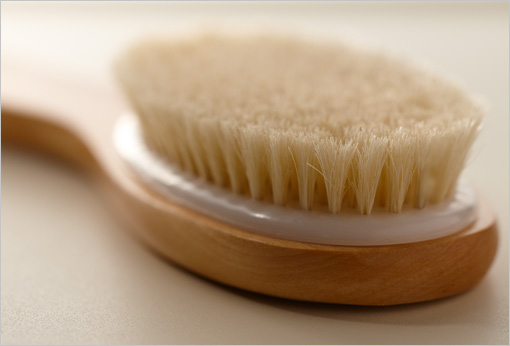 how to use a dry body brush